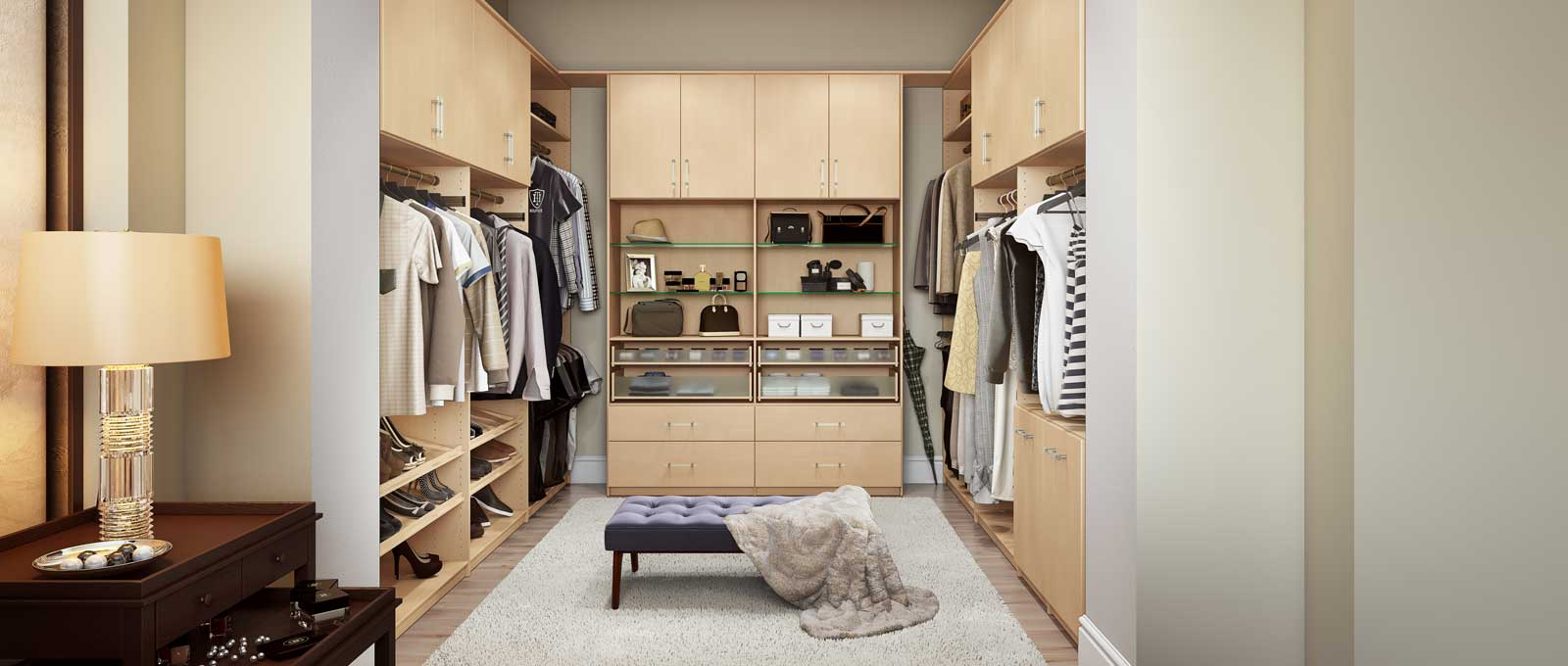 Charmant Closet World